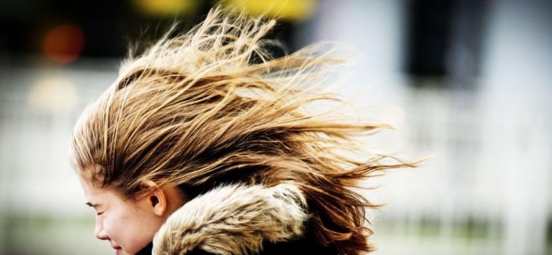 Újra támad a szél, a Balaton is megbillenhet
