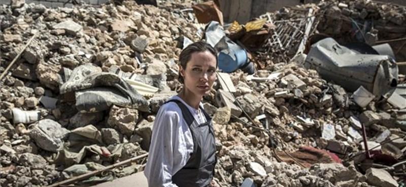 Angelina Jolie ledöbbent attól, amit Moszulban látott