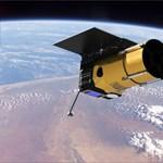 Különleges kis műholdakat szórtak ki kézzel az űrben