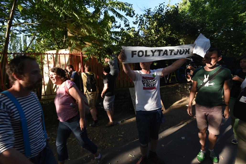 ji. Ligetvédők tüntetés