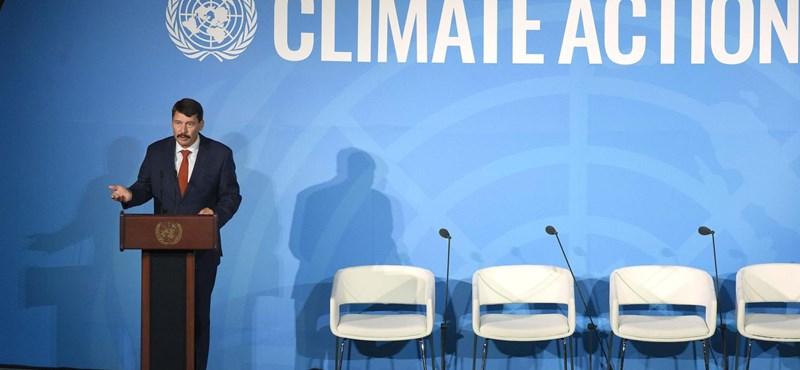 Az ENSZ a tönk szélére került