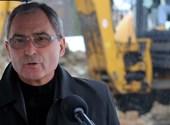 Választóival nem áll szóba, de irodát félmillióért bérel a fideszes Hubay György