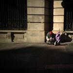 Előzetesbe kerülhetnek a hajléktalant megkéselő fiatalok