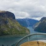 Norvég kilátó: lenyűgöző séta a fjord felett