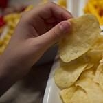 Nem riasztja el a vásárlókat a chipsadó