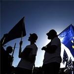 Ma is sztrájkolnak egyet a görögök, de most a kompok utasai is megszívták