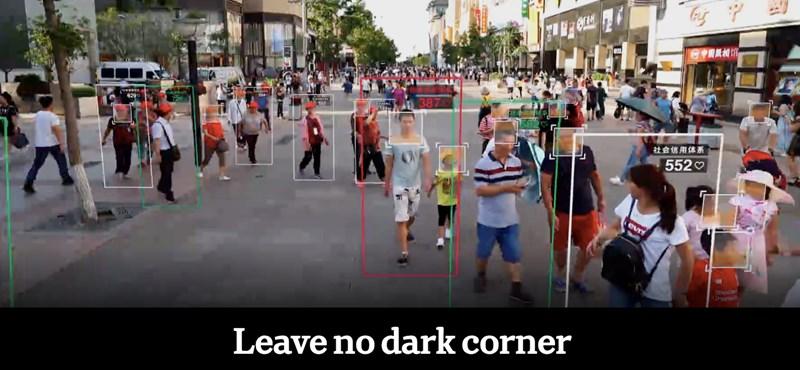 Egy durva bemutató: így működik Kínában a mindenkit figyelő, mindenről tudó rendszer