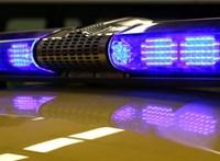 A szakértő szerint a 2 éves fiú túlélte volna a balesetet, ha nem az anyja ölében ül