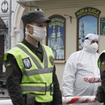 Ukrán miniszterelnök: Még két évig kötelező lehet a szájmaszk