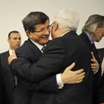 Összefogást akart török külügyminiszter az önálló Palesztináért