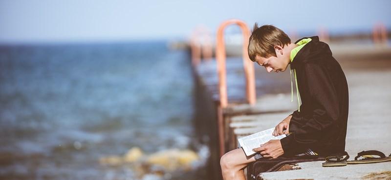 Így szerezhetitek be a nyári olvasmányokat sokkal olcsóbban