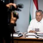 A koronavírus célponttá tette Orbánt, és ő élvezi