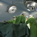 7 kilós vesét szedtek ki egy betegből indiai orvosok