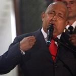 Oroszország négymilliárdos hitellel segíti Chávez fegyverkezését