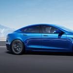 Rekord jól gyorsul a legújabb Tesla