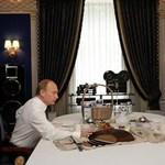Mivel eteti Putyint a hivatalos degusztátor?