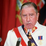 Szegények pénze, sikkasztással vádolják Pinochet özvegyét