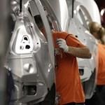 Félgőzzel is túltermelnek az európai autógyárak