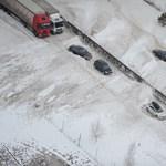 Intenzív havazás Somogyban: nagyon csúszósak az utak!