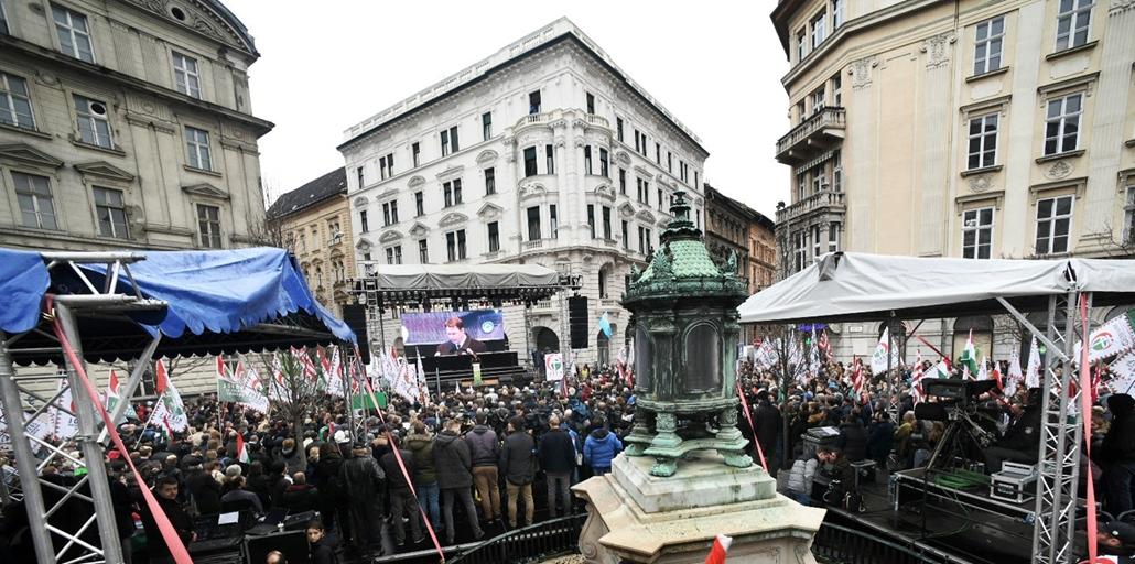 faz.18.03.15. - 2018március15 - Jobbik Magyarországért mozgalom batthyány örökmécses