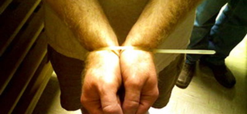 Előzetesben a heroincsempészettel vádolt magyar turisták