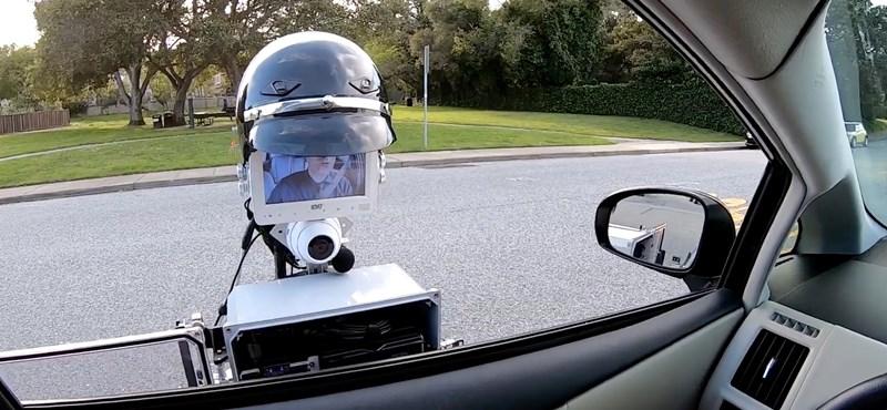 Jön a robotzsaruk kora? Egy már munkába is állt, egészen jónak tűnik