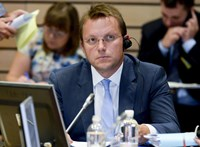 Átengedte Várhelyi Olivért az EP jogi szakbizottsága