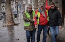 Megsérült a szakszervezeti tüntetésen az MSZP alelnöke