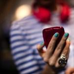Az EU-n kívülre utazóknál is ritkulnak a kirívó mobilszámlák