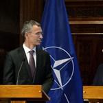 A lengyelek a NATO-főtitkár segítségét kérik a magyar-ukrán vita megoldásához