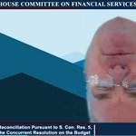 Bejelentkezett a kongresszusi képviselő a videochaten, csak épp fejjel lefelé, test nélkül