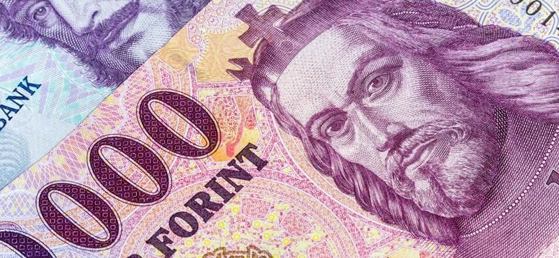 Újabb történelmi mélyponton a forint árfolyama
