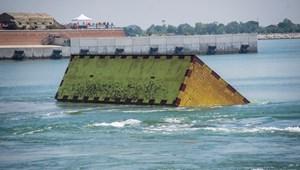 Először tesztelték a gátrendszert, amely megvédené Velencét az árvizektől
