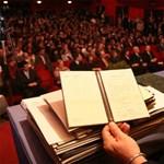 Így működnek a diplomagyárak: 100 ezerért bárki vásárolhat egyetemi diplomát