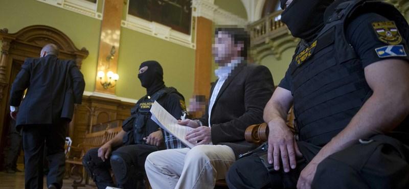 A rendőrség nem hisz Rohácnak, hétfőn tárgyalják újra a Prisztás-ügyet