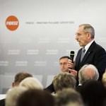 Egy fideszes miniszter Jézushoz hasonlította a kormány menekültellenességét