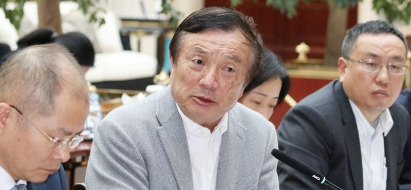 Érzelmes beszédben búcsúzott a Honortól a Huawei alapítója