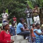 Ebola: újabb lélektani határt lépett át a fertőzöttek száma