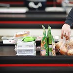 Jön a béremelés az Auchannál