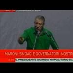 Sírva távozott a korrupcióba belebukott pártvezető Olaszországban - videó
