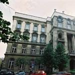 Kárpát-medencei nyári egyetemet szervez az ELTE