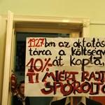"""""""Ti miért rajtunk spóroltok?"""" - több száz diák tiltakozott a keretszámvágás ellen"""