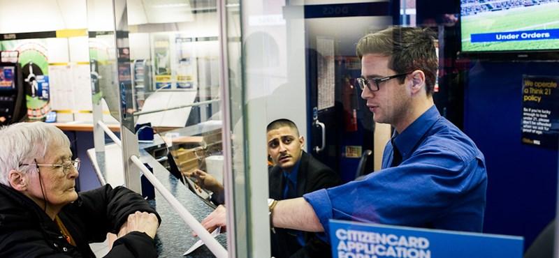 A magyarokat foglalkoztató angol cégeket is megfenyegette a belügyminiszter