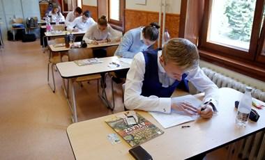 Megszólalt az oktatási államtitkár: szóba jöhet az érettségi elhalasztása is