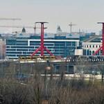 Gránátot találtak, két Duna-hidat is lezárnak