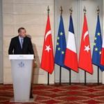 """Erdogan: """"Nem lehet állandóan az uniós csatlakozásért könyörögni"""""""
