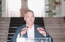 A Kisalföld szemérmesen, két szóban magyarázza el a Borkai-ügyet