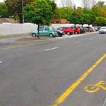 Ilyen az újonnan átadott Fóti úti kerékpársáv
