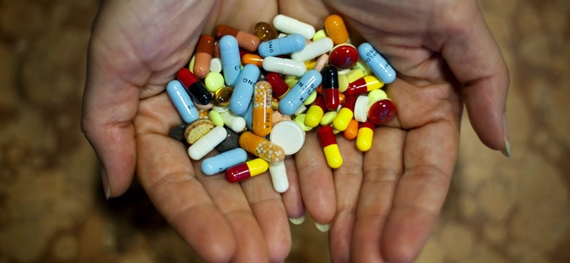 Hihetetlen világ jön 30 év múlva: tabletták váltják fel a tanulást?
