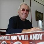 Koncerten jelentette be Andy Williams, hogy rákos